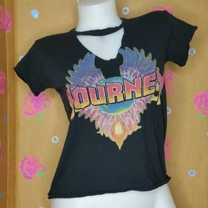 Journey Wings Distressed Choker Band TShirt Size S